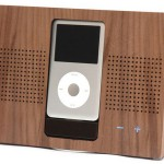 Wooden iPod Dock – What, No Oak?