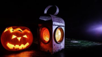 Retro Arcade Machines to Consider for The Man Cave This Halloween