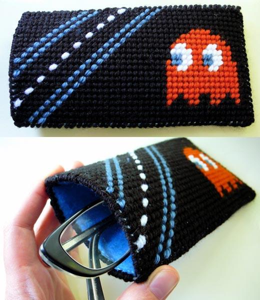Pac-Man eyeglasses case