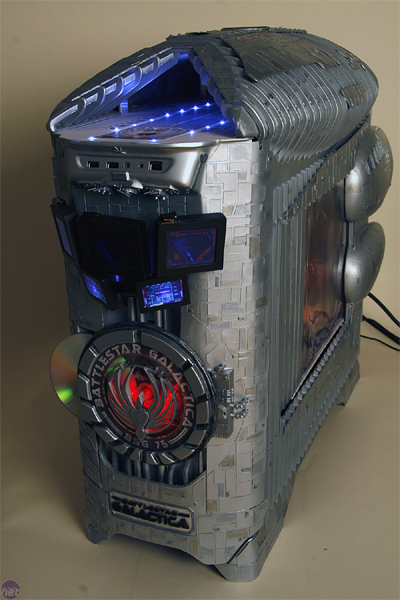 battlestar-galactica-case-mod-by-boddaker