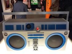 r2-d2-ghetto-blaster-boombox
