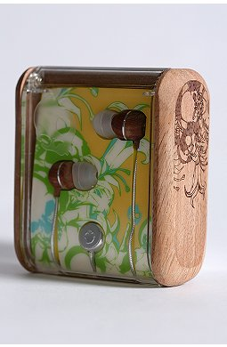 skull-candy-wooden-earbuds-2