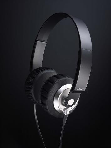 SONY MDR-XB300 headphones