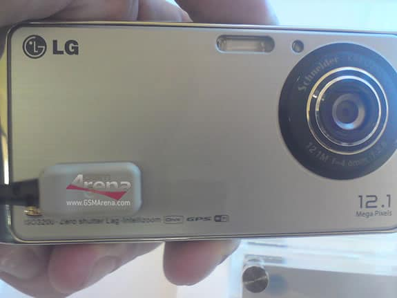 LG GC990 Louvre Cameraphone 2