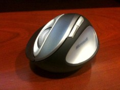 Microsoft Natural Wireless Laser Mouse