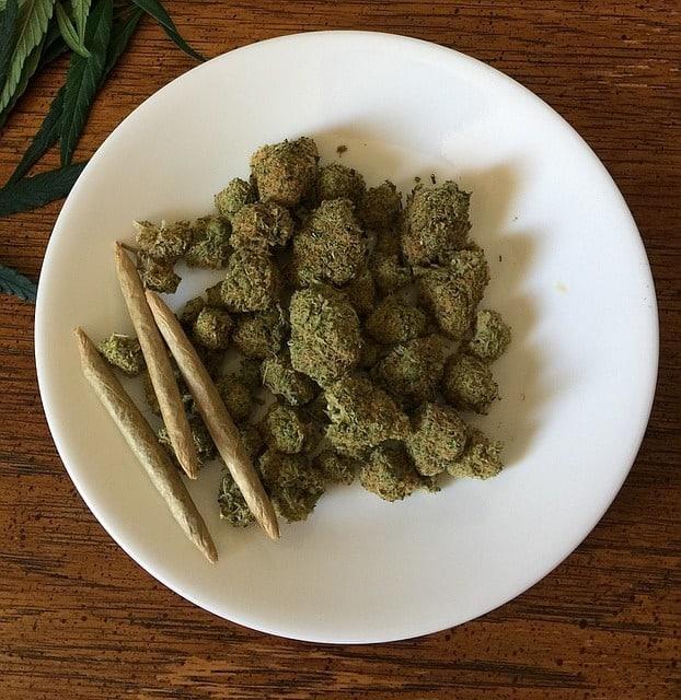 cannabis-1418333_640